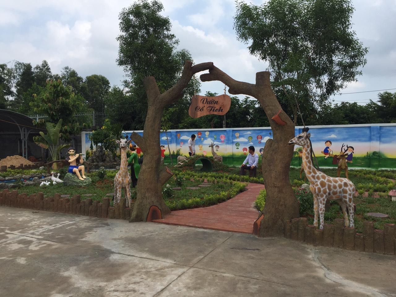Thiết kế, thi công sân vườn cổ tích trong trường mầm non